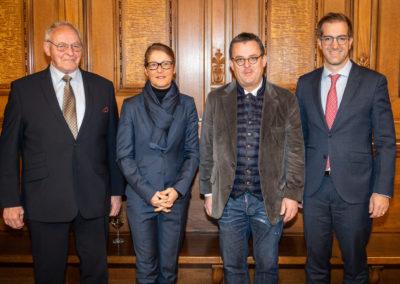 11.01.2019 Empfang Rathaus (v.l.): Willy Bürgin, Sabine Horvat (Standortmarketing Basel), Dr. hc Thomas Straumann, Conradin Cramer.